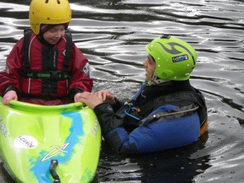 Canoeing-Ireland201304050137-e1421515427920